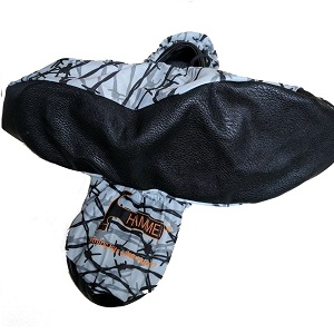 Hammer Bowling Barbed Wire Bowling Shoe Covers
