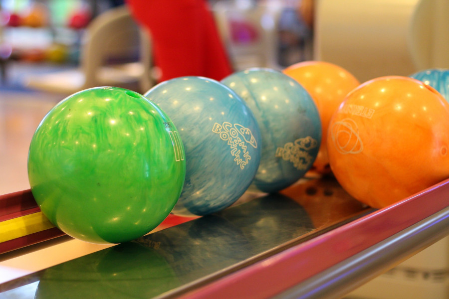 different types bowling balls
