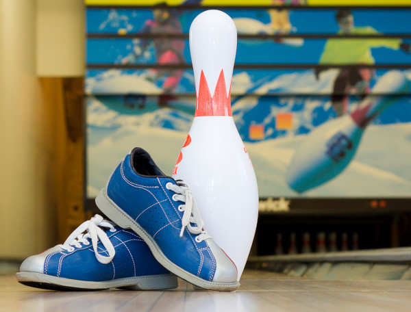 bowling shoes cleaning